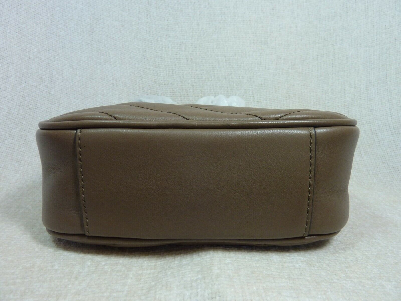 NWT Tory Burch Classic Taupe Kira Chevron Small Camera Bag $358 image 5