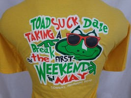 Toad Suck Daze Conway Arkansas Yellow Graphic T Shirt Cotton Blend XL - $10.97