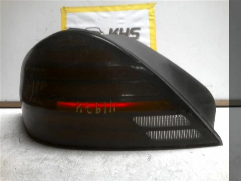 Primary image for Driver Tail Light Quarter Panel Mounted SE Fits 99-05 GRAND AM 290718