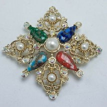 """Signed Sarah Coventry Gold Tone Brooch Stones Rhinestones Faux Pearls 3""""... - $34.95"""