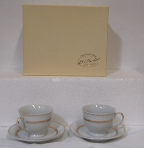 D Moda Cup Saucer Set Brilliance2 Gold Colored Porcelain Expresso Collection