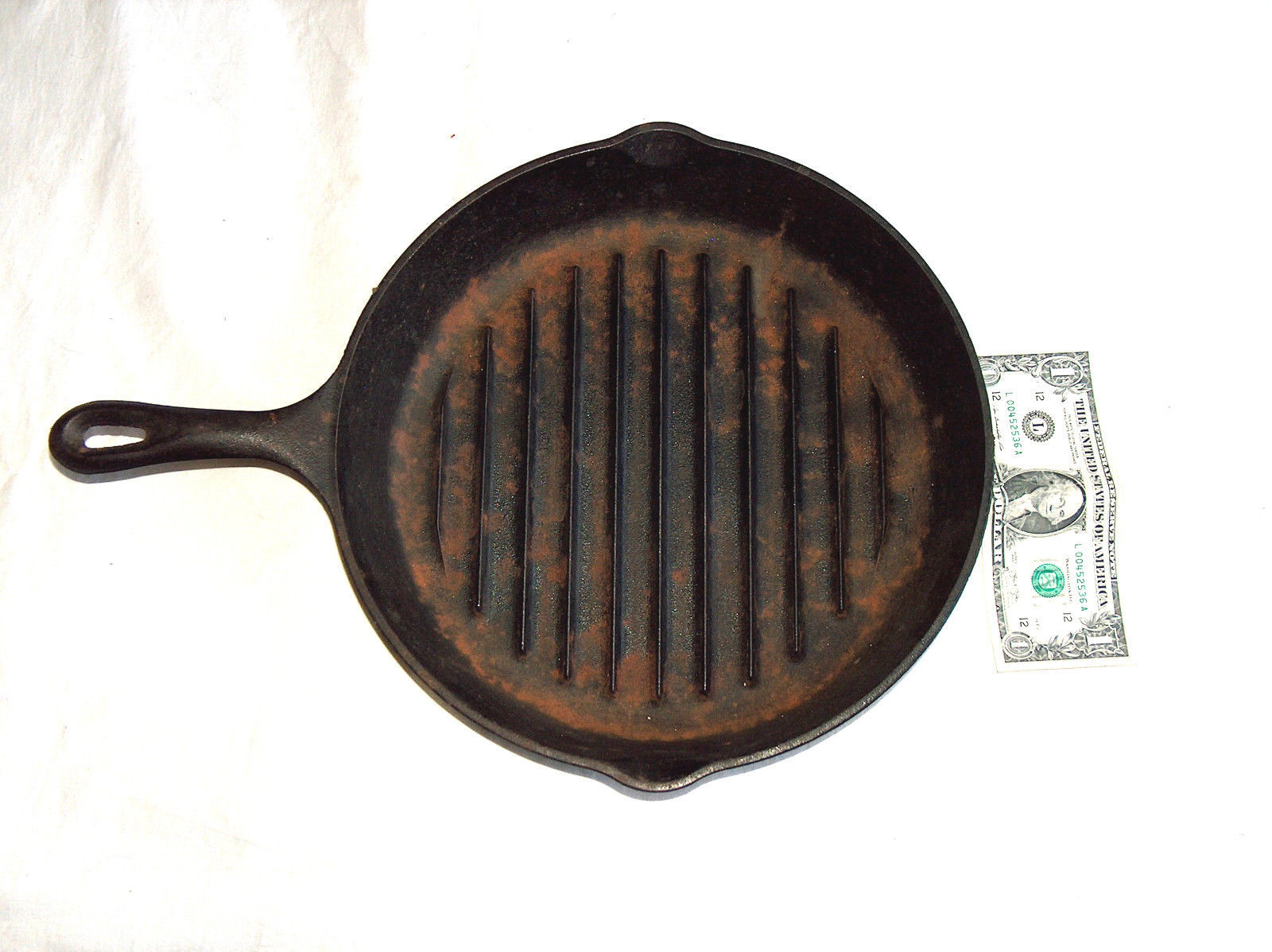 "VINTAGE LODGE CAST IRON 9TB 11 1/4"" GRILL BROILER FRYING COOKING PAN SKILLET USA - $32.18"