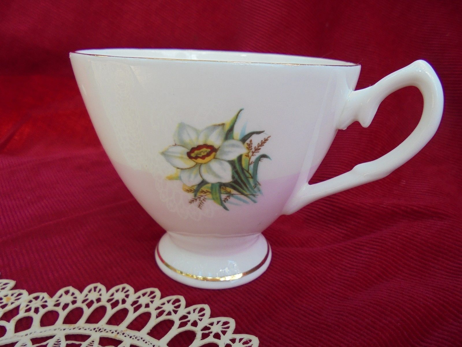 FINE BONE CHINA, HAMILTON Footed CUP, Floral Porcelain  - $9.46
