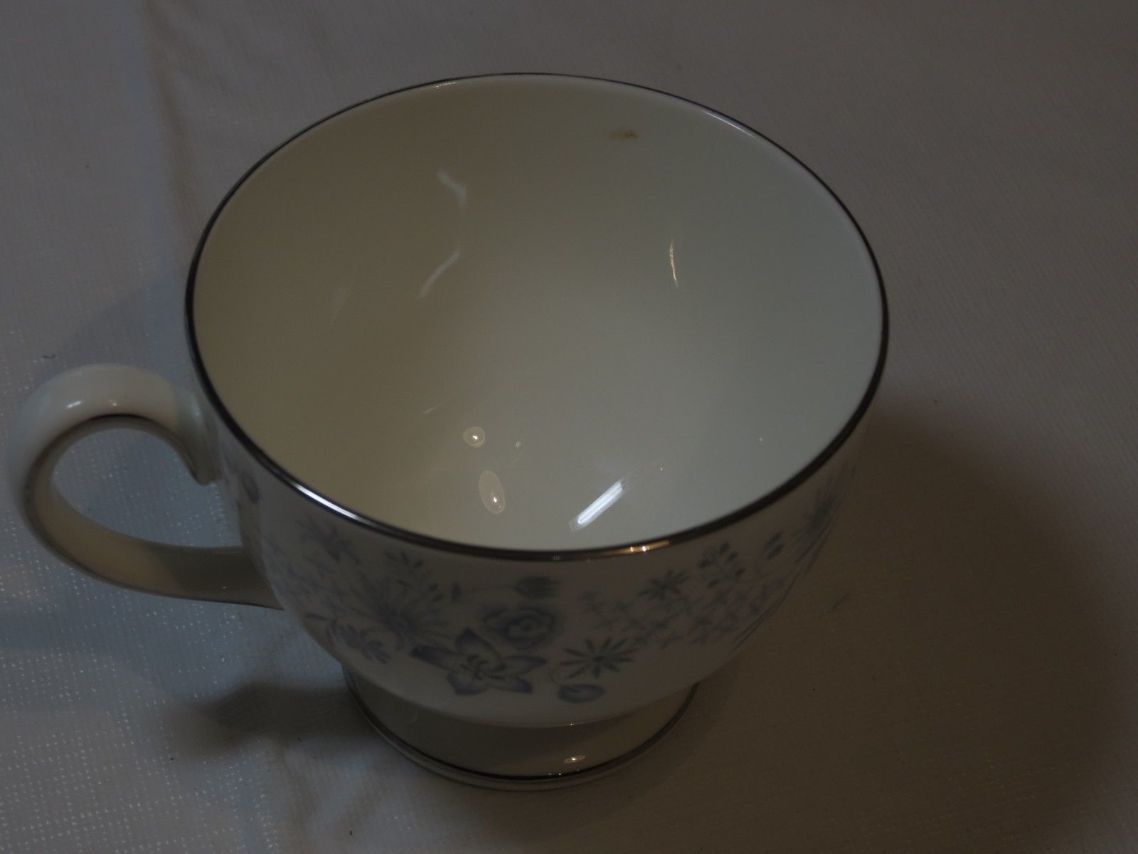 Wedgwood Belle Fleur Bone China 1 Tea Cup Made in England white blue ! image 6
