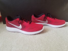 Nike Revolution 3 Men Size 10.5 - $51.43