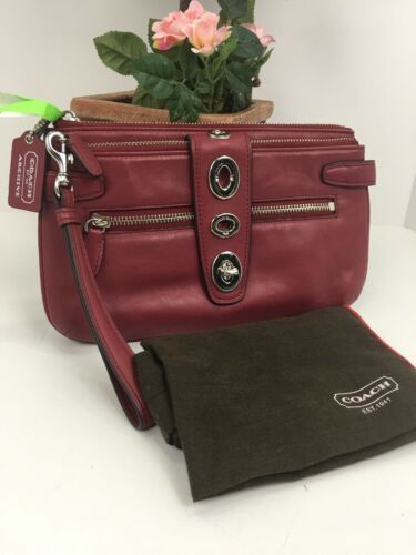 Coach Archival Wristlet 40207 Legacy Red Glove Leather Turnlock Clutch Bag B26