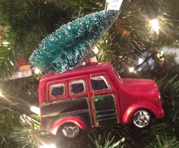 Christmas Ornament Blown Glass SUV with Tree on Roof New Burton - $14.80