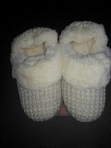 Dearfoams Women's   Microfiber quilted Slipper Small 5-6  memory foam insole nwt - $11.39