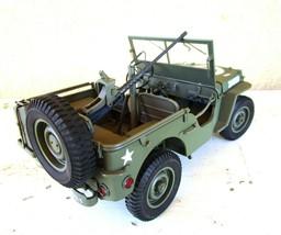 World War II Jeep Replica Danbury Mint in Display Case - $74.25