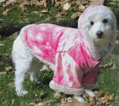 """Doggiduds """"A Bit Chilly""""  Faux Suede Pink Tie Dye Hooded Dog Coat Sz M NWT - $19.05"""