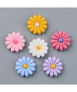 10 Daisy Cabochons Resin Flatbacks Flower Flat Backs Gerber Findings 16mm Mix - $4.10