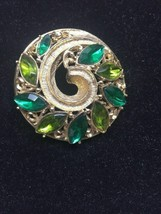 Emmons Goldtone Multi Colored Green Rhinestone Brooch Swirl Design 3F - £10.81 GBP