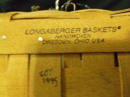 1995 Longaberger Christmas Edition Red Cranberry Basket w/Protector,Liner & Lid image 3