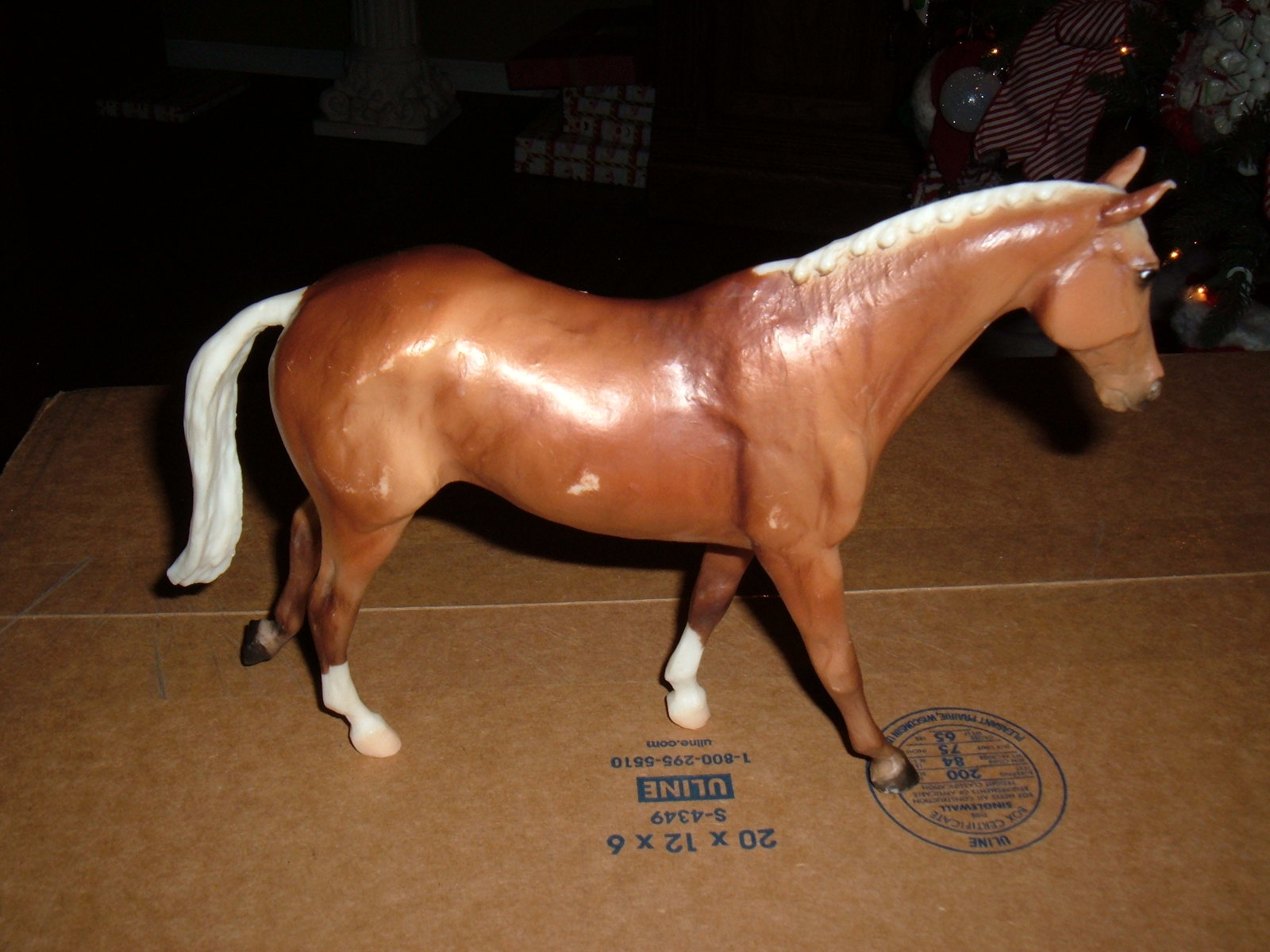 "Primary image for Breyer Collectible 12""x 11"" no mark?"