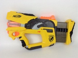 Nerf Gun Firefly Rev-8 N-Strike LOT w/ Darts and Batteries Yellow Version  - $34.60