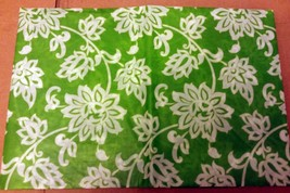 "THIN FLANNEL BACK Vinyl Tablecloth 52""x 90"" OBLONG, WHITE FLOWERS on GRE... - $8.90"