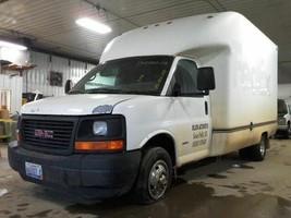 2006 GMC Savana 3500 Van FRONT HUB WHEEL BEARING - $64.35