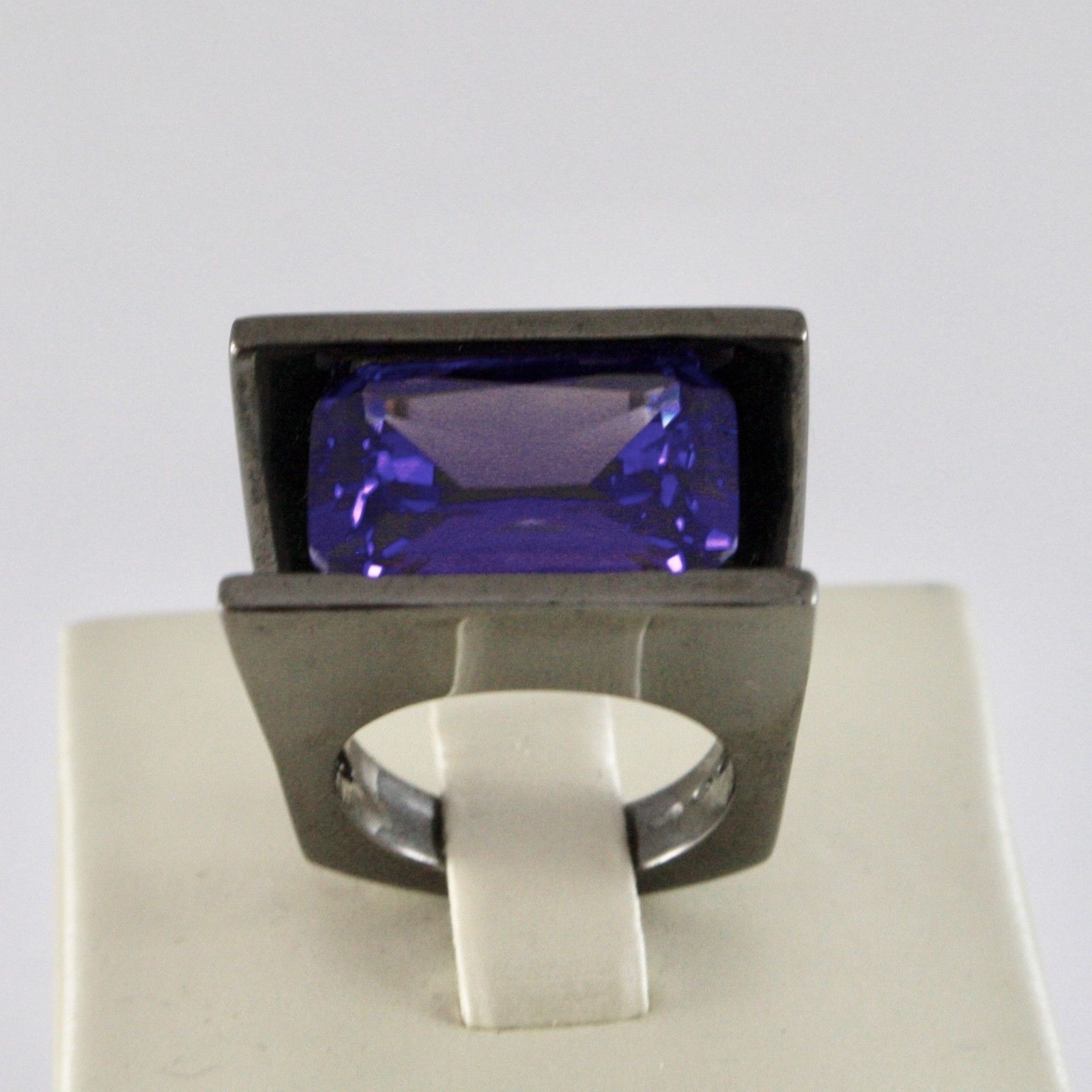 925 SILVER RING BURNISHED WITH WITH CRYSTAL PURPLE OF THE FORM RECTANGULAR