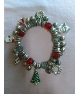 Christmas Charm Bracelet Multicolored Stretch Bead Bracelet Pre-owned - $14.00