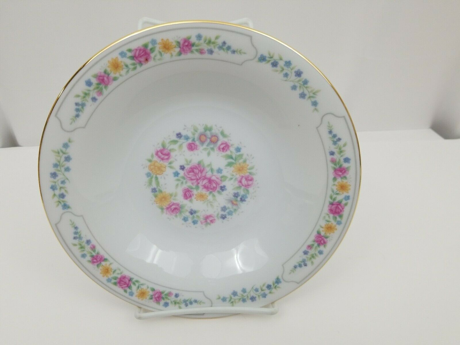 Liling Fine China Cereal Soup Bowls Set of 4 Yung Shen White Roses Keepsake 8.25 image 5
