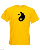 Mens T-Shirt Yin and Yang Symbol, Ethical Symbol Shirt, Taoism Daoism Tshirt - $24.74