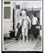 john glen (rare nasa space flight photo) very rare hard to find (classic... - $225.00