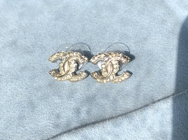 AUTHENTIC CHANEL LIMITED EDITION CRYSTAL CC LOGO GOLD RHINESTONE EARRINGS RARE image 3