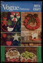 UNC 80s Wreath Tree Skirt Ornaments Christmas Crafts Vogue 9073 Pattern Vintage - $6.99
