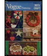 UNC 80s Wreath Tree Skirt Ornaments Christmas Crafts Vogue 9073 Pattern ... - $6.99