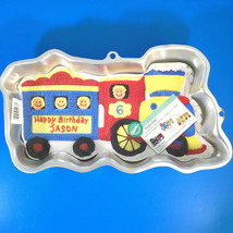 Wilton Train Birthday Cake Pan Mold  Engine Locomotive 2105-2076 With In... - $268,95 MXN