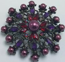 Laila Rowe Broche Ou Pendentif Rouge Violet Strass - Faux Noir Pearl Laiton - $15.95