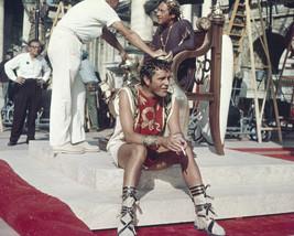 Richard Burton in Cleopatra cigarette break on set 8x10 Photo - $7.99