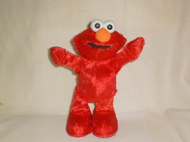 2002 Fisher-Price Mattel Hokey Pokey Elmo Sings Dances Doll Tested  - $45.00