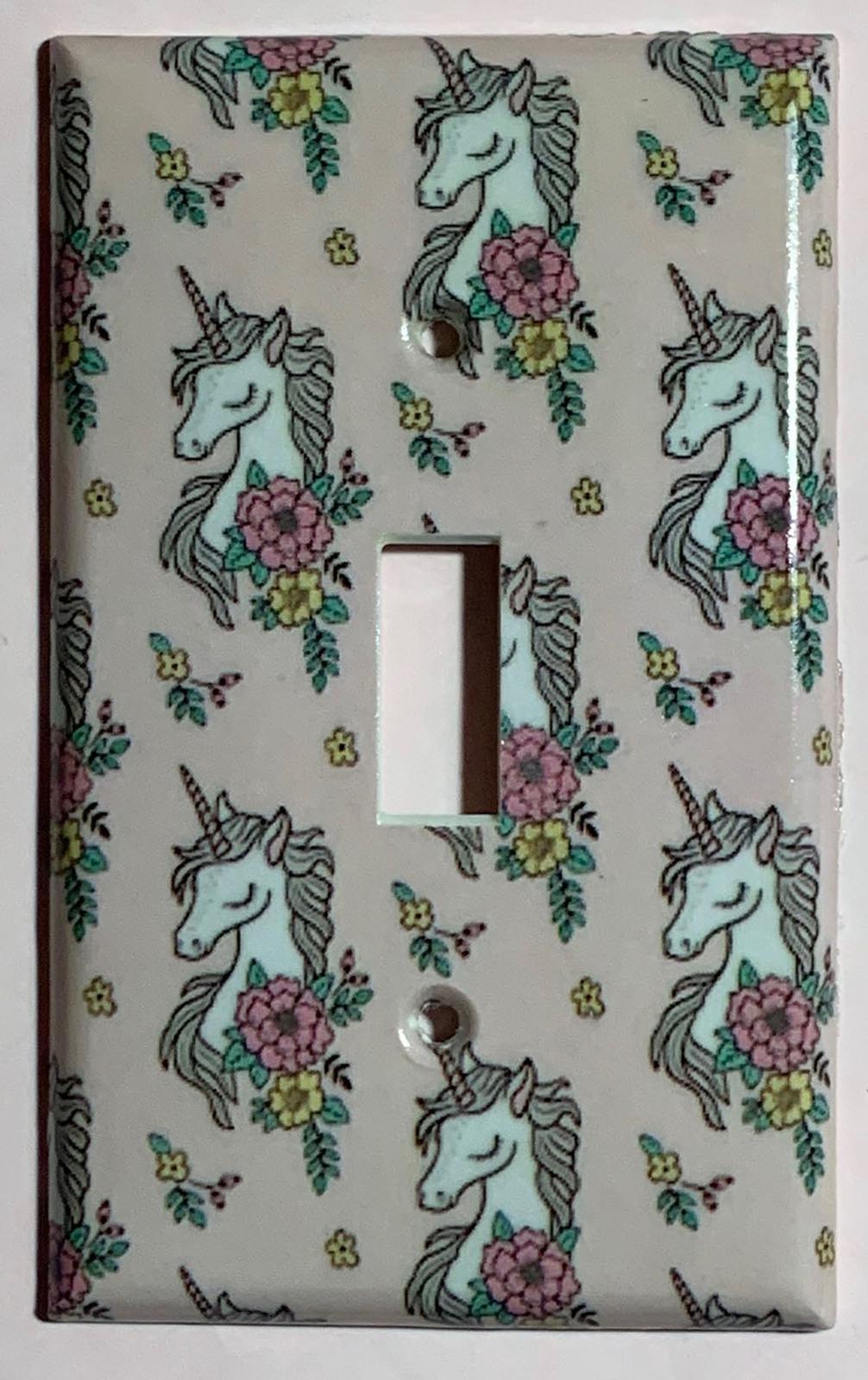 Unicorn wall paper single toggle