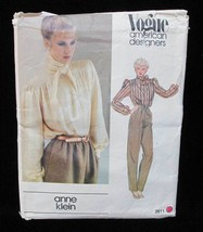 Blouse Neck Scarf Button Up Sewing Pattern Size 6 Misses Vogue 2611 Anne Klein - $5.93