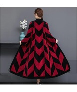 Luxury Long Red And Black V Neck Chevron Design Lamb Shearling Sheepskin Coat - €456,04 EUR