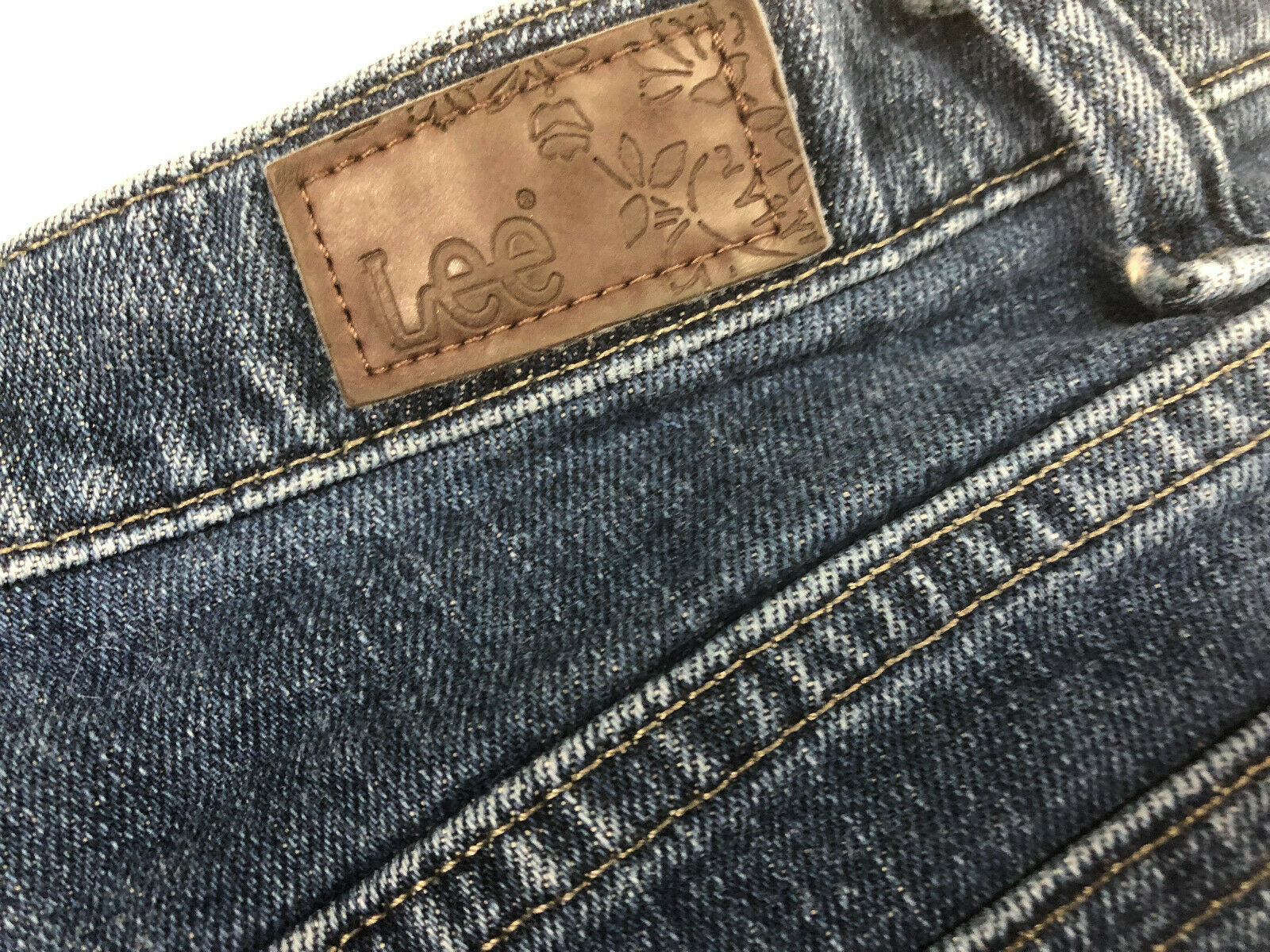 Lee Jeans Distressed Blue Jean Short Shorts Booty Size 8 Long image 5