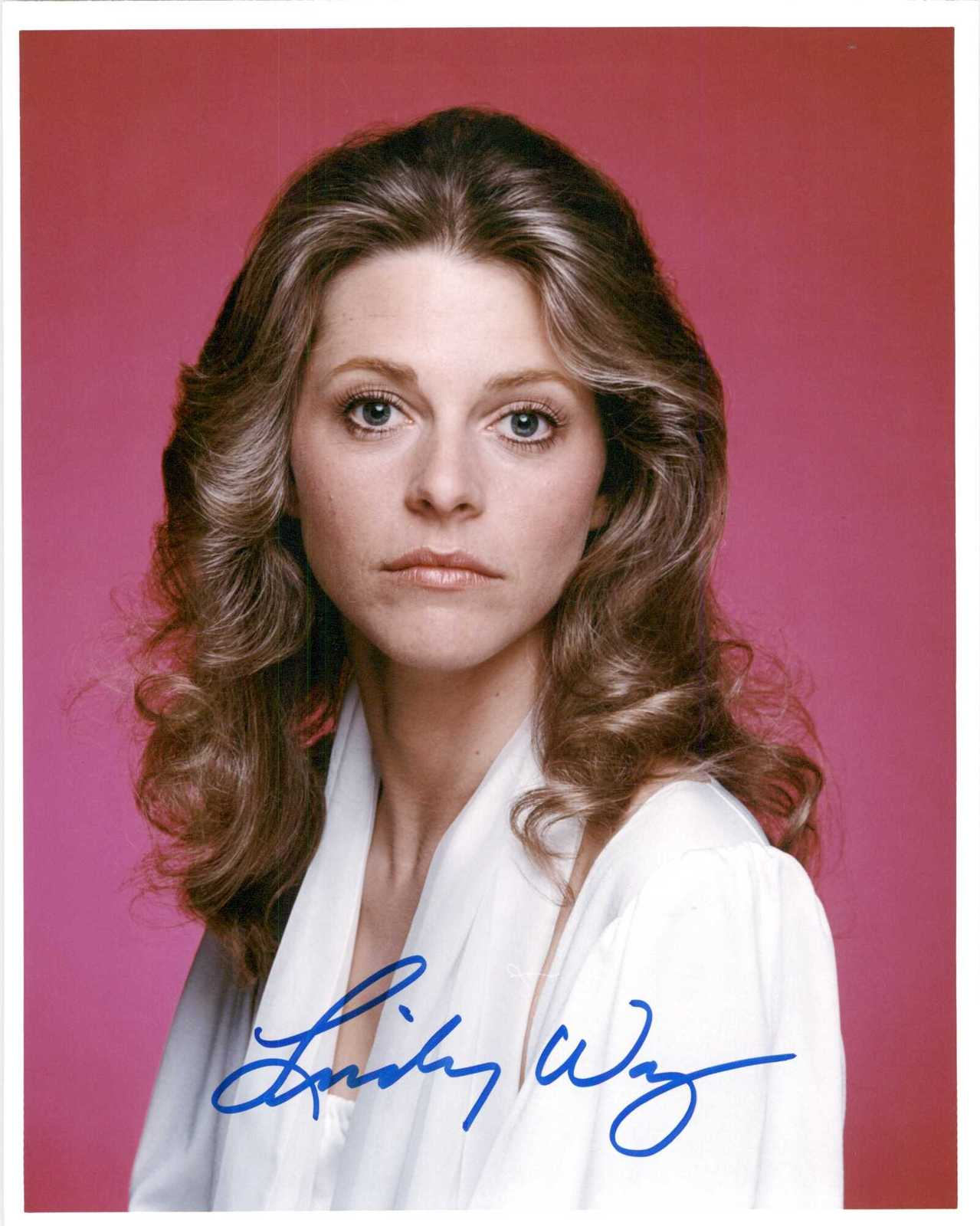 Primary image for Lindsay Wagner Signed Autographed Glossy 8x10 Photo