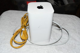 Apple ME918LL/A AirPort Extreme Base Station 6th Gen Dual 802.11ac Router A1521 - $47.00