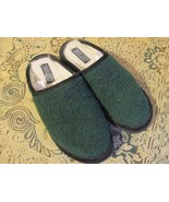 Vintage Lands End Green Wool Slippers Size 6 Made in the USA - $20.00