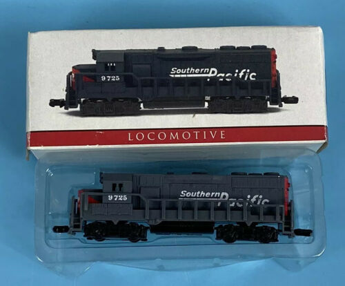 Primary image for High Speed 9725 N Scale Southern Pacific Dummy Locomotive Train Engine NEW W Box