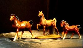 Horse Figurines AA18 - 1024 Set of 3 Vintage Collectible image 4