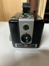 Vintage Kodak Brownie Hawkeye Camera Load Uses 620 Film #4 - $12.76