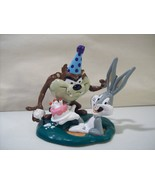 VINTAGE LOONEY TUNES TAZ & BUGS BUNNY BIRTHDAY CAKE PVC FIGURE APPLAUSE - $10.19