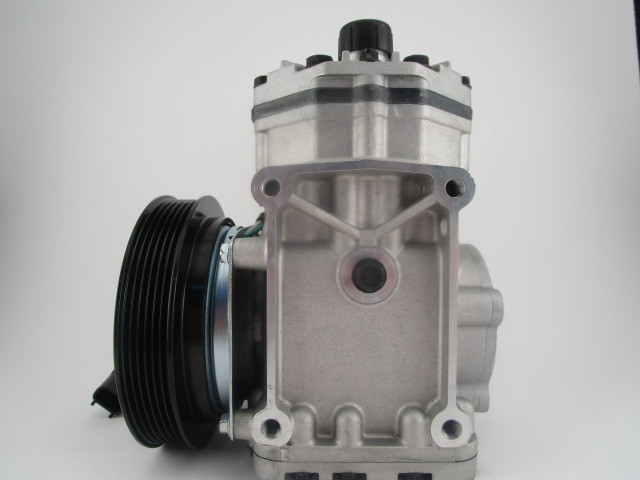 York Style Freightliner Kenworth Truck Auto AC Air Conditioning Compressor Part