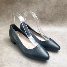 Easy Spirit Womens Ecalpise  Size 7.5 W Black  Slip On Low Block Heels - $18.99