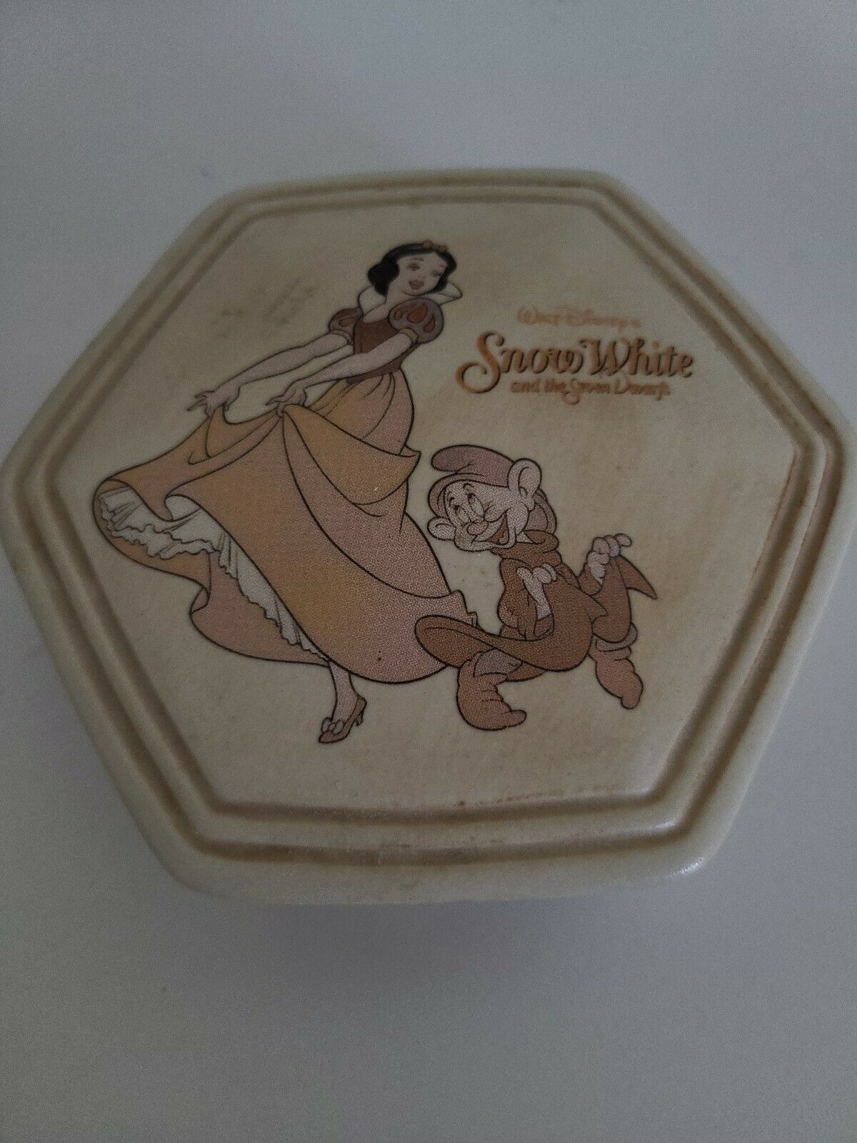 Primary image for Snow White Seven Dwarfs 70th Anniversary Disney Jewelry Trinket Box Porcelain