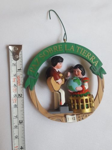 "Primary image for Hallmark ""Paz Sobre La Tierra-Peace on Earth"" Spain 1992 Christmas Ornament cute"