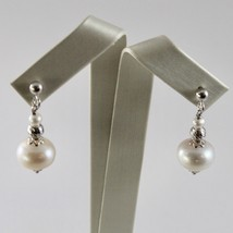 Pendientes de Plata 925 con Perlas Blancas de Agua Dulce y Esferas Facetadas image 1