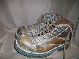 (USED/WORN) BASS OCTANE MENS SIZE 10.5 M BROWN LEATHER BOOTS (TOES SKUFFED) - $28.70
